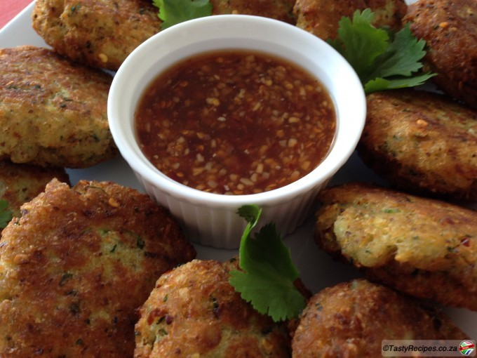 Low Carb Fish Cakes With Cauliflower