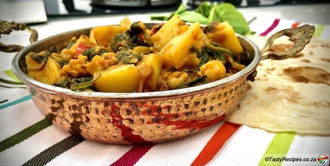 spinach potato and chickpea curry recipe
